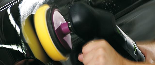 car-polishing_machine_Fuhrmann030_01_9787f21984